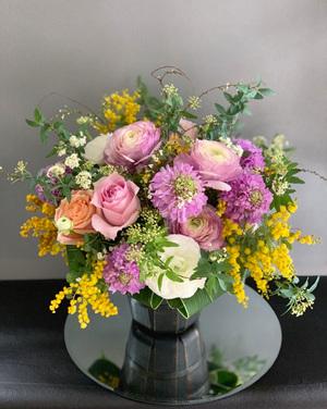 歯科医院ご開院へ贈られた祝い花|